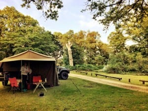 Hollands Wood Caravanpark and Campsite, Brockenhurst nljeep.nl campings voor tenten